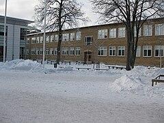 De la Gardiegymnasiet – Wikipedia 74cbc350f84dc