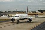 Delta N533US Boeing 757-200 (34220306505).jpg