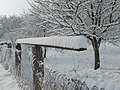 Desk on the fence - panoramio.jpg