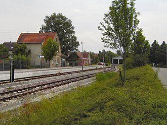 Schönbuch Railway - Image: Dettenhausen bahnhof