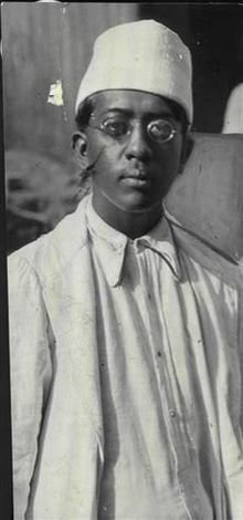 Devdas Gandhi in the 1920s.JPG