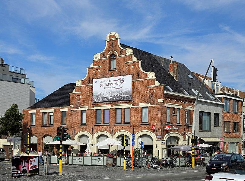 Diksmuide (Belgium): IJzerlaan 91, corner of IJzerlaan and Kasteelstraat
