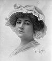 Dorothy Arnold portrait.jpg
