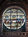 Duomo Siena, window over main portal - enblend.jpg