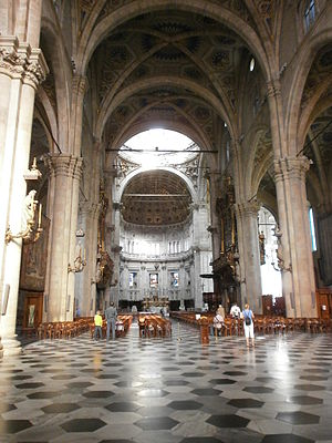 Como Cathedral - The nave, looking east