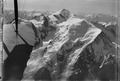 ETH-BIB-Mont Blanc, Mont Maudit, Mont Blanc du Tacul, Dôme du Goûter v. N. aus 5000 m-Inlandflüge-LBS MH01-001273.tif