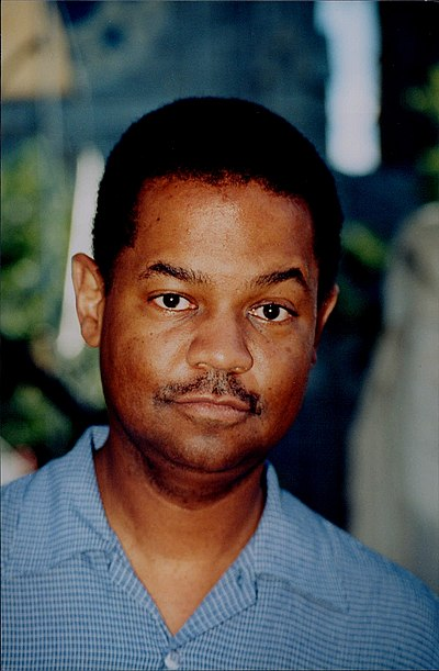Picture of a band or musician: Earl Klugh