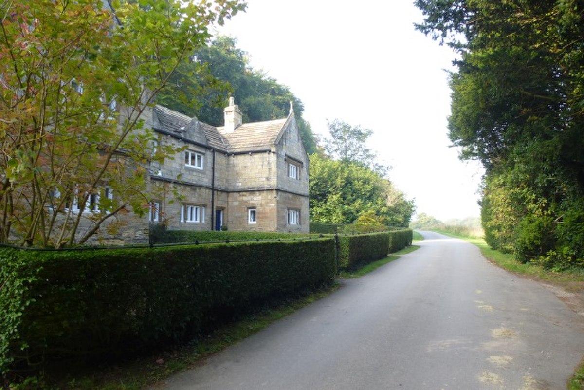 East Lodge Cottages, Bramham Park.jpg