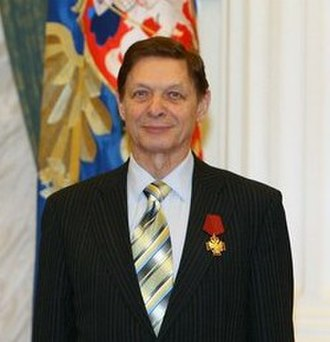 Eduard Khil - Eduard Khil receiving a 4th class Order For Merit to the Fatherland in 2009