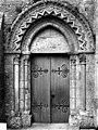 Eglise - Portail nord de la façade ouest - Grez-sur-Loing - Médiathèque de l'architecture et du patrimoine - APMH00021064.jpg