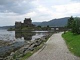 Eilean Donan Castle - geograph.org.uk - 225825.jpg
