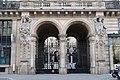Entrée monumentale 15 rue du Louvre.jpg