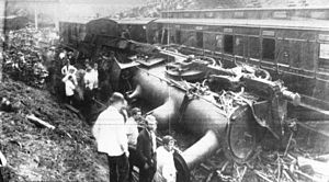 Esholt Junction rail crash - 1892.jpg
