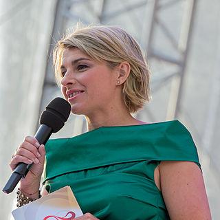 Sabine Heinrich German radio and television presenter (born 1976)