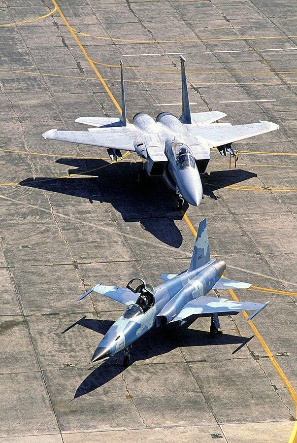 603px-F-5andF-15.JPEG
