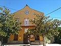 Fachada del Ayuntamiento de Borrenes.jpg