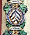 Famiglia chini, tabernacolo di san francesco (1926) stemma guasconi.JPG