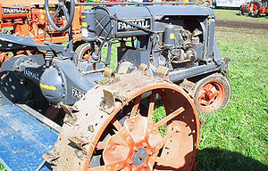 Farmall - Farmall Regular