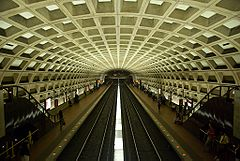 Farragut West station.jpg