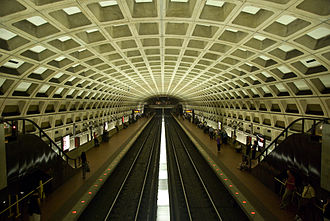 Blue Line (Washington Metro) - Farragut West Station