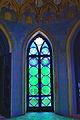 Finestra con vetri colorati.JPG