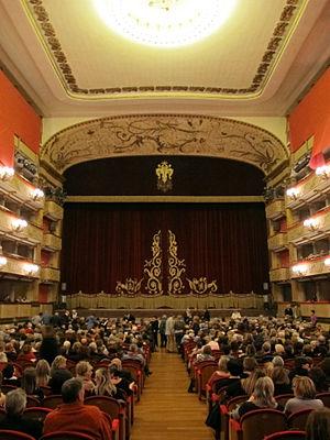 Teatro Verdi (Florence) - Image: Firenze, teatro verdi, int. 01