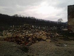 Fosta mănăstire Berislăveşti VL-II-a-A-09665 (4).jpg
