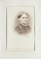 Fotografiporträtt på Caroline Pflaum, 1860-tal - Hallwylska museet - 107615.tif