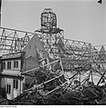 Fotothek df ps 0000104 001 Ruine des Neuen Rathauses. Dachstuhl des Südflügels.jpg