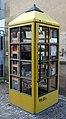 Freiburger Bücherschrank am Stadttheater.jpg