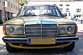 Front of Mercedes Benz W123.jpg