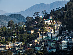 Gangtok from Tibet Road.jpg