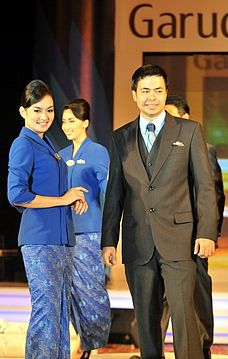 Garuda Indonesia Flight Attendants New Costumes 2010.jpg