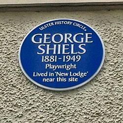 Photo of George Shiels blue plaque