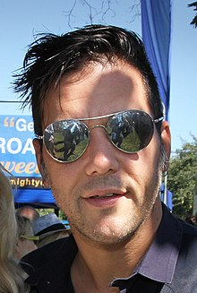 George Stroumboulopoulos at the CFC Annual BBQ Fundraiser 2014 (15180088615).jpg