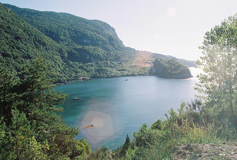 Gideros Bay1