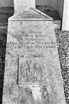 grafmonument bij nederlands hervormde kerk - stevensweert - 20205857 - rce