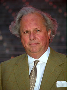 Graydon Carter at the 2009 Tribeca Film Festival.jpg
