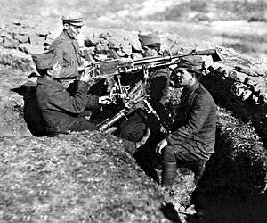 Greek machine gun team during the Greco-Turkish War.jpg