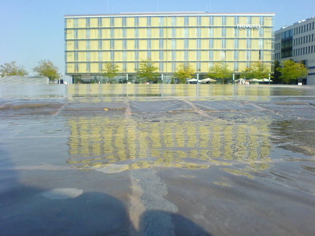 Hotel Novotel Muenchen Mebe Munchen