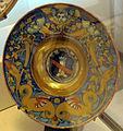 Gubbio, bottega di maestro giorgio andreoli, piatto con stemma di bate, 1521 ca..JPG