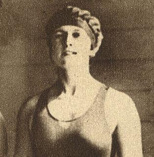 Gurli Ewerlund swimmer