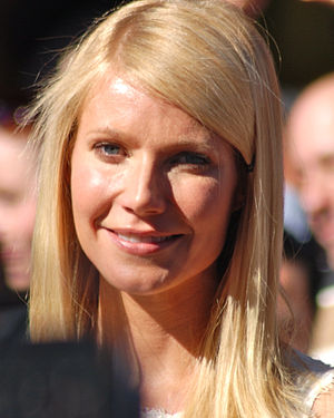 Gwyneth Paltrow at a ceremony to receive her H...