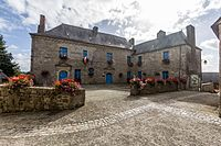 Hôtel de ville, Moncontour, France.jpg
