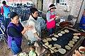 Haciendo tortillas.jpg