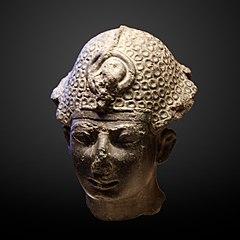 Head of a king-E 10599