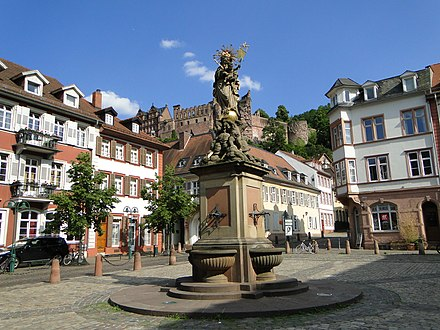 View of castle from the Corn Market Heidelberg - panoramio (39).jpg