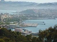 Helipuerto de Ceuta desde el parque de San Amaro.jpg