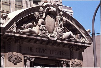 Civic Opera House (Chicago) - Sculpture by Henry Hering