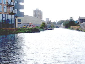 Hertford Union Canal - Junction of Hertford Union Canal and River Lee Navigation